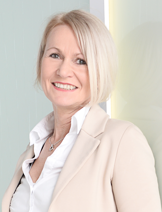 Birgit Köhler Vita